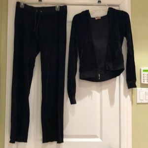 Black velvet juicy couture sweatsuit